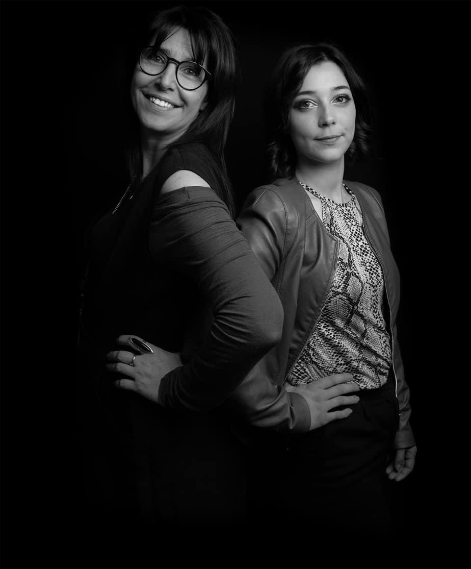 Image de présentation des deux coiffeuses Anne-Rose et Océane
